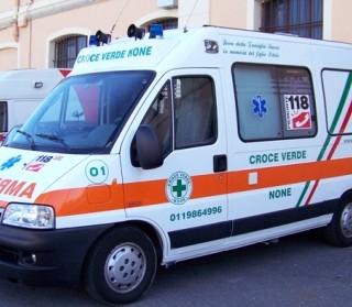 Sbatte con la sua auto contro un muro in centro, 26enne morto a San Calogero