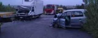 Ancora sangue sulle strade calabresi: una donna ha perso la vita a Vibo. Due feriti a Crotone