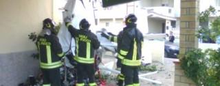 Aereo ultraleggero precipita nel Crotonese, un morto