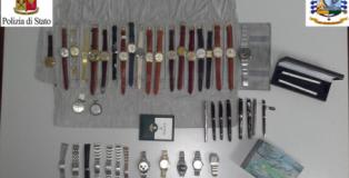 orologi e penne sequestrati all'aeroporto di lamezia