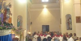 Diocesi_Lamezia_Terme_-_Platania_Fedeli_in_preghiera_Messa_festa_San_Michele_2014_100