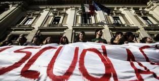 Scuola: protesta domani in 7 piazze da Nord a Sud