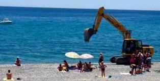 pulizia spiaggia a siderno
