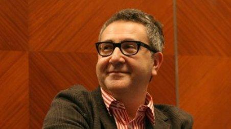 Il celebre scrittore <b>Mario Fortunato</b> a Cosenza Per presentare il suo nuovo ... - Mario-Fortunato