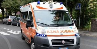 ambulanza incidente stradale