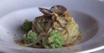 spaghettoni con vongole