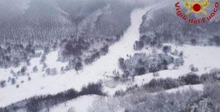 terremoto e neve abruzzo