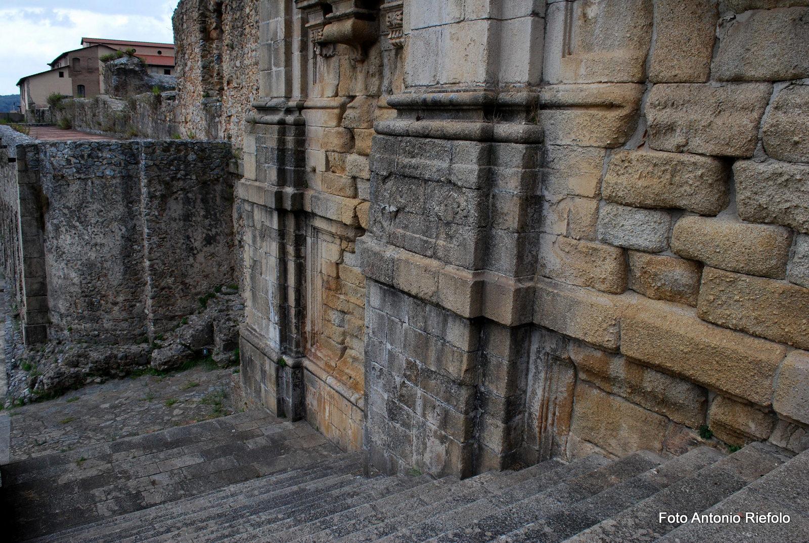 cattedrale_di_san_domenico_resti_(3)