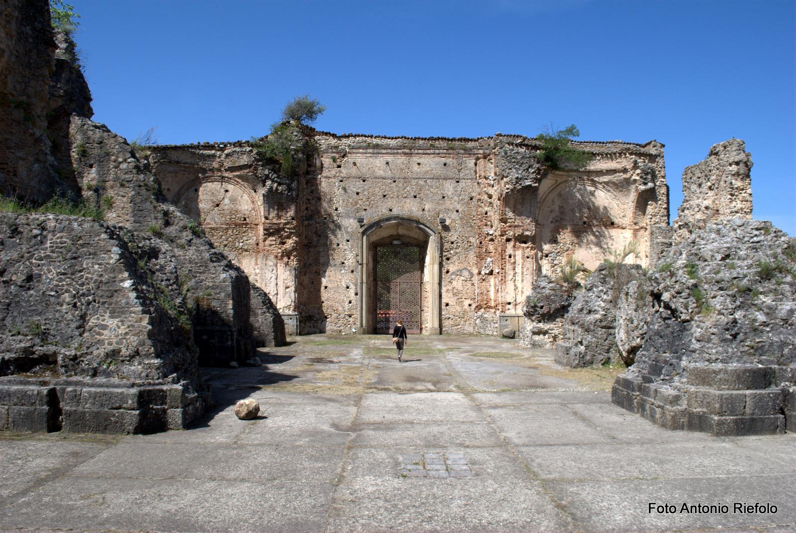 cattedrale_di_san_domenico_resti_(5)