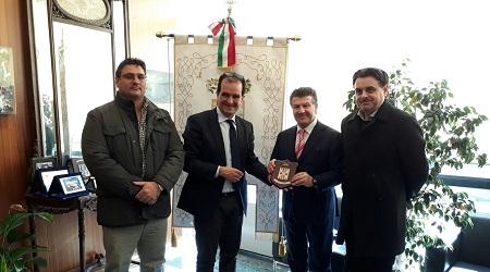 Cooperazione tra imprese Italia e Paesi Centro-Africa Il presidente della Camera di Commercio Italia-Africa in visita alla Provincia di Catanzaro